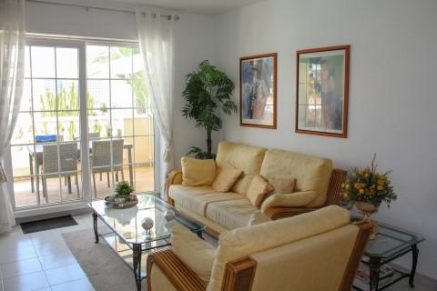 Ruim appartement met gastenverblijf in Immo Pórtico Mar